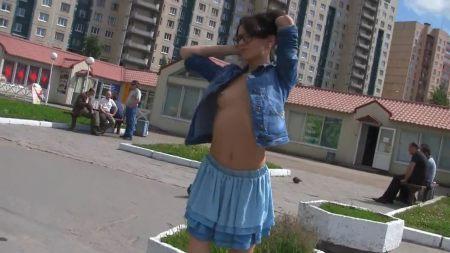 Русский домашний любительский секс: мужик больно растянул тугую попку своей бывшей фото