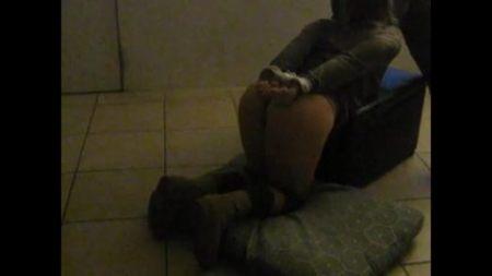 Большая грудь малышки Stella Cox Стелла Кокс трясется от жестких ударов большого черного члена в анал фото