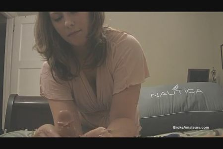 Русская Марины Висконти с большой натуральной грудью жестко получает член в анал фото